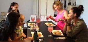 la masa cu fetele